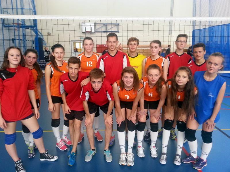 2014-10-23 <br> Siatkarki z&nbsp;Parznic wywalczyły medal ...