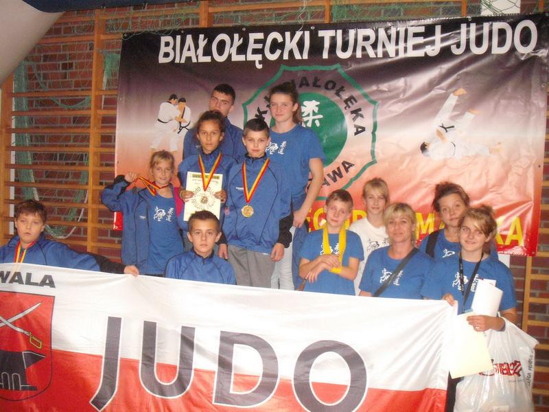 2014-10-21 <br> Judocy bogatsi odziewięć medali